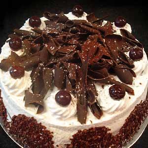 Без выпечки торт Санчо Панчо с вишней