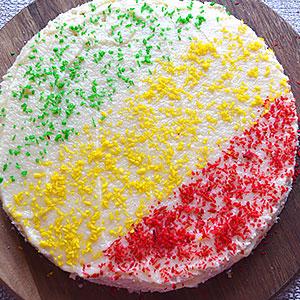 Вафельный торт из готовых коржей и заварного крема - фото