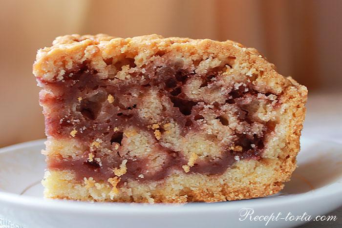 Песочный торт с вареньем  - рецепт с фото