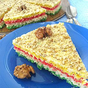 Торт из вафельных коржей и лимонно-медового крема - фото