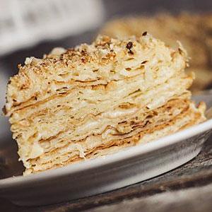 Торт Наполеон с заварным кремом по классическому рецепту - фото