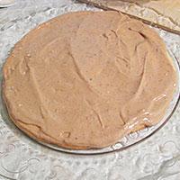 На блюдо кладу бисквит - фото