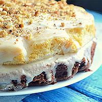 Украсим торт орехами