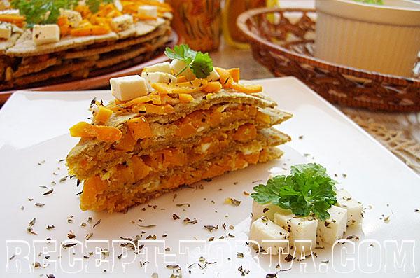Рецепт торта с тыквой и брынзой - итоговое фото