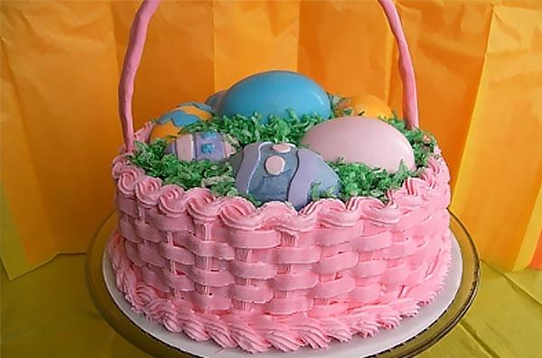 Торт-корзинка с декором из масляного крема