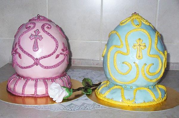 Пасхальный торт-яйцо в узорах из мастики
