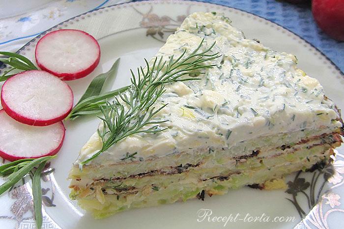Кабачковый торт с сыром в разрезе - фото