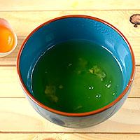 Отделим белки от желтков для крема - фото