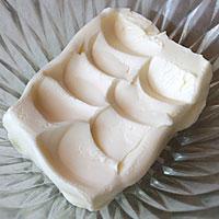Масло заранее вынем из холодильника - фото