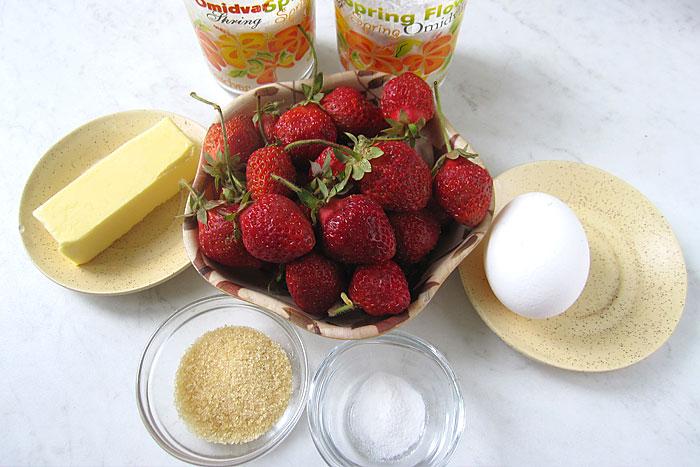 Ингредиенты для песочного торта с клубникой