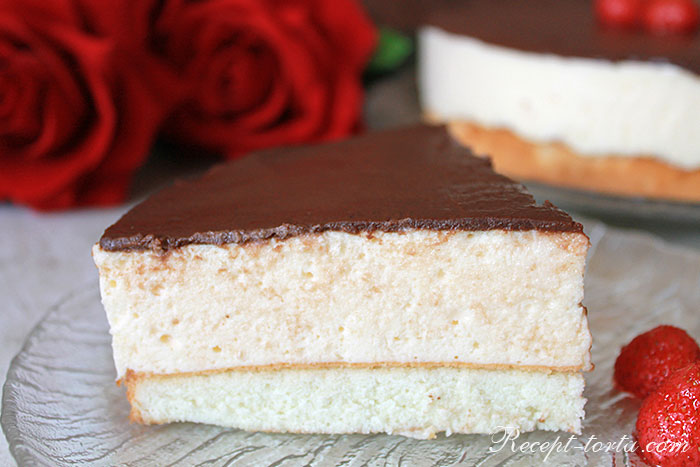 Самодельный торт Птичье молоко в разрезе - фото