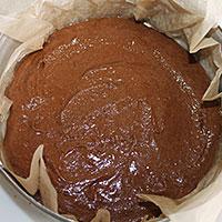 Тесто переложим в форму - фото