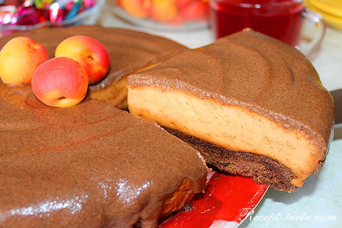 Простой рецепт абрикосового торта Птичье молоко