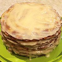 Собираем торт из медовых коржей и заварного крема - фото