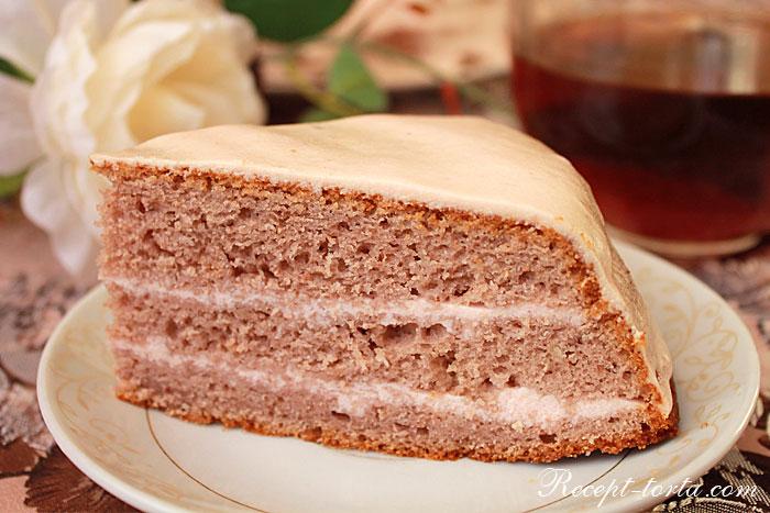 Готовый торт из замороженной клубники
