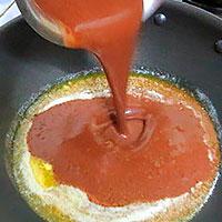 Соединить масло и шоколадную массу - фото