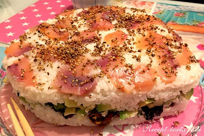 Итог фото-рецепта приготовления суши-торта