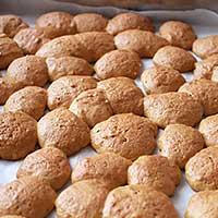 Выпекаем творожные печенья для торта Горка - фото