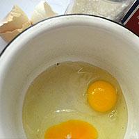 Соединим яйца и сахар - фото