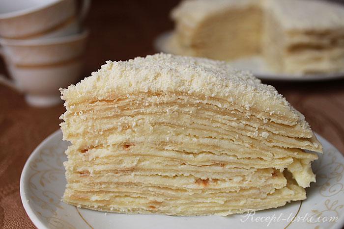 Итоговое фото торта Наполеон,приготовленного на сковороде