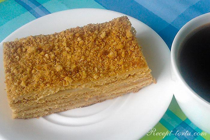 Итоговое фото торта Рыжик по классическому рецепту