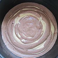 Тесто в мультиварке Зеброй - фото