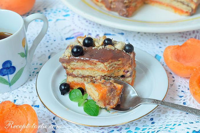 Торт без выпечки из печенья и сметаны в размере